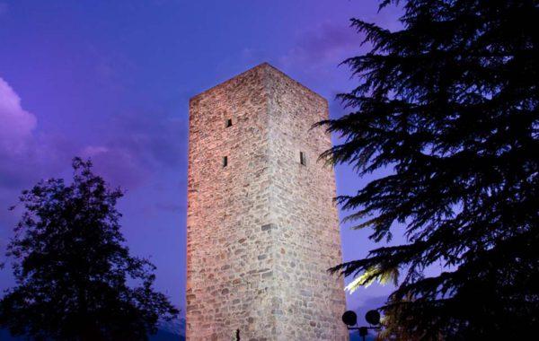 La Torre 'de li beli miri' di Teglio